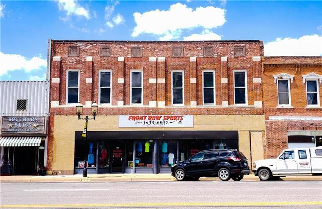226 S Main Street, Ottawa, KS 66067 (#2180382) :: Edie Waters Network