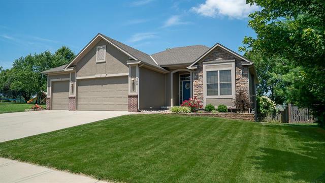 208 Broadmoor Drive, Louisburg, KS 66053 (#2180456) :: Eric Craig Real Estate Team