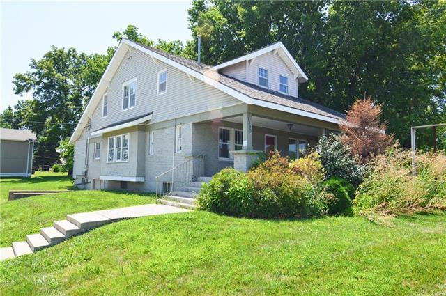 7395 W 151st Street, Overland Park, KS 66223 (#2180482) :: Eric Craig Real Estate Team