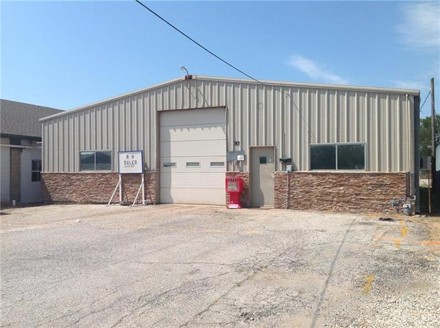 313 W Wilson Street, Ottawa, KS 66067 (#2180668) :: Edie Waters Network