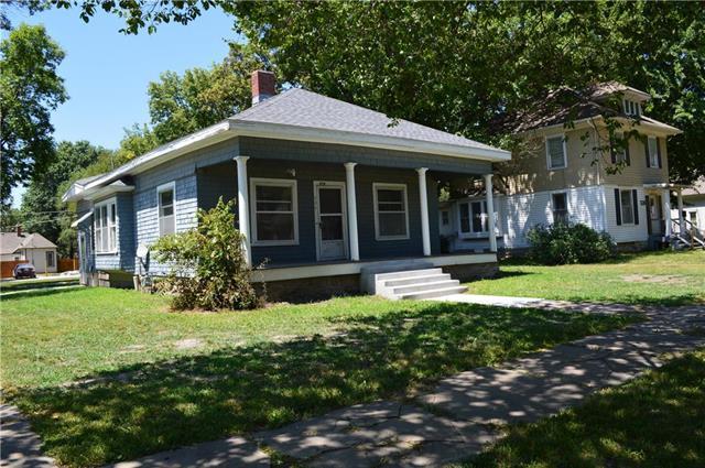 534 S Willow Street, Ottawa, KS 66067 (#2180676) :: Eric Craig Real Estate Team