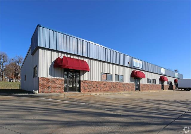 11230 E M 350 Highway, Raytown, MO 64138 (#2180685) :: Ron Henderson & Associates