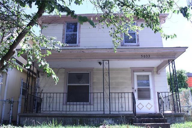 5033 E 9th Street, Kansas City, MO 64124 (#2180743) :: Kansas City Homes
