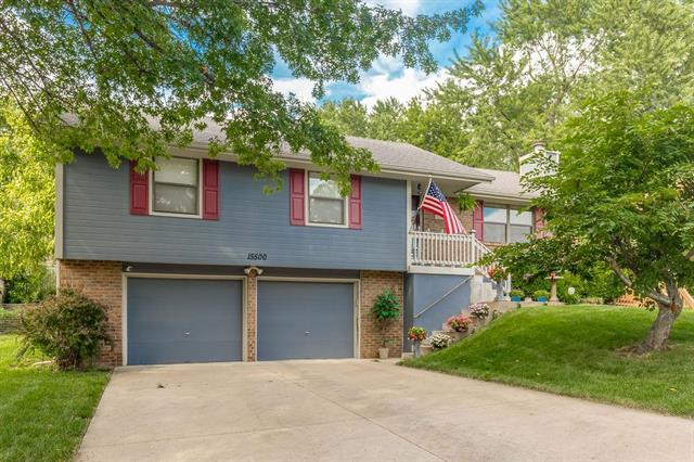15500 E 43rd Terrace, Independence, MO 64055 (#2180878) :: Ask Cathy Marketing Group, LLC