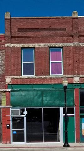 704 S Ohio Avenue, Sedalia, MO 65301 (#2180909) :: The Gunselman Team