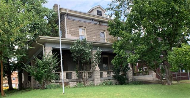 1041 Santa Fe Street - Photo 1