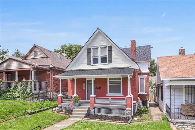 3532 Saint John Avenue, Kansas City, MO 64123 (#2181491) :: Kansas City Homes