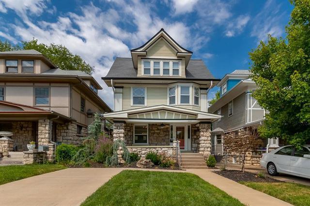 2622 Charlotte Street, Kansas City, MO 64108 (#2181730) :: Kansas City Homes