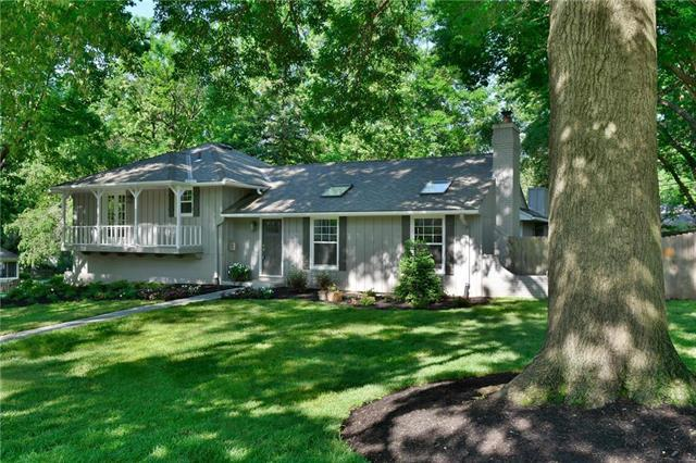 9730 Belinder Road, Leawood, KS 66206 (#2181876) :: Kansas City Homes