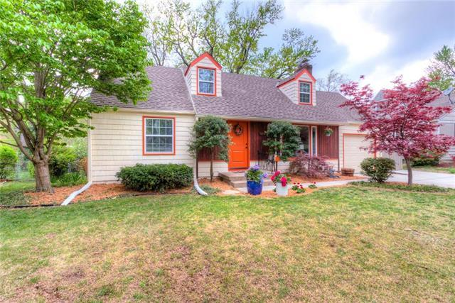 7406 Birch Street, Prairie Village, KS 66208 (#2182199) :: NestWork Homes