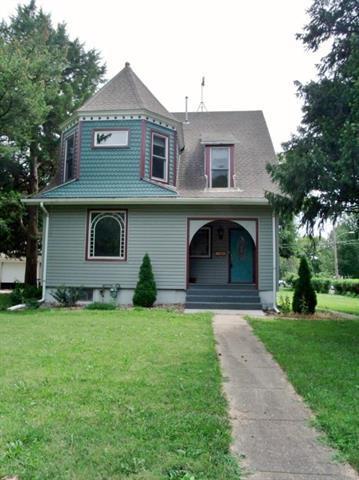 115 Iowa Street, Hiawatha, KS 66434 (#2182267) :: Stroud & Associates Keller Williams - Powered by SurRealty Network