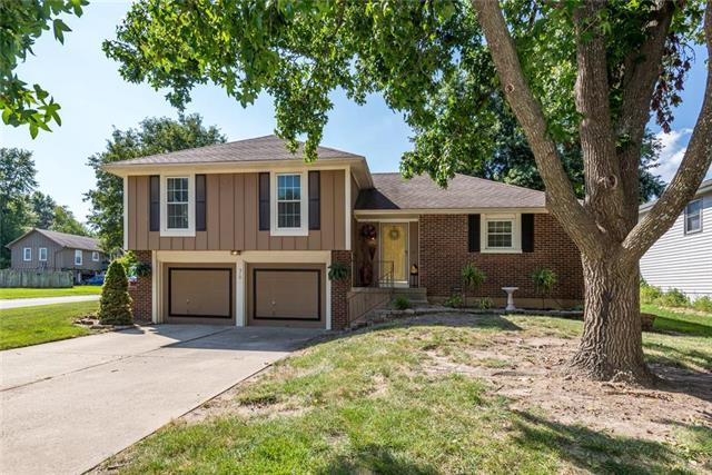 510 Buena Vista Drive, Belton, MO 64012 (#2182325) :: Kansas City Homes