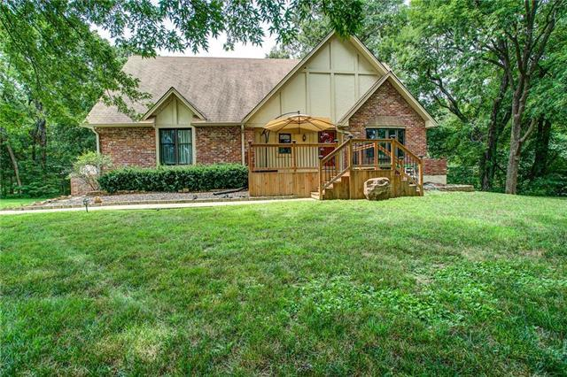 15910 Stephanie Lane, Smithville, MO 64089 (#2182333) :: Edie Waters Network