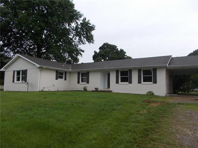 500 E Nursery Street, Butler, MO 64730 (#2182386) :: Eric Craig Real Estate Team