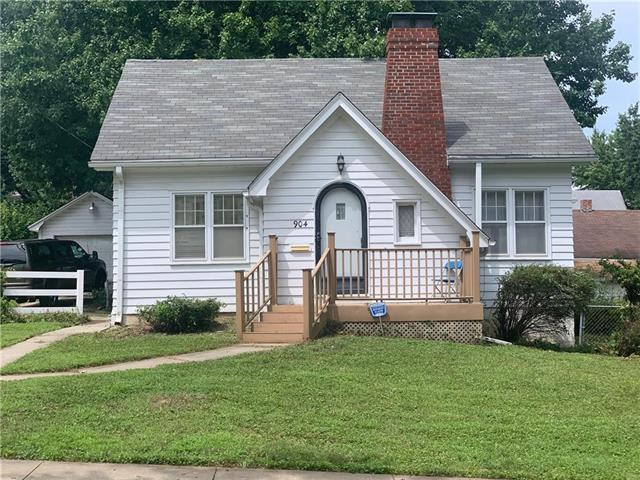 904 S Noyes Boulevard, St Joseph, MO 64507 (#2182460) :: House of Couse Group