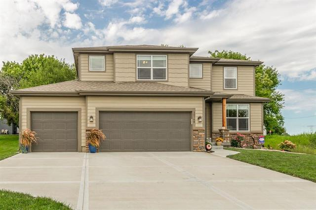 20746 W 225th Terrace, Spring Hill, KS 66083 (#2182512) :: Team Real Estate