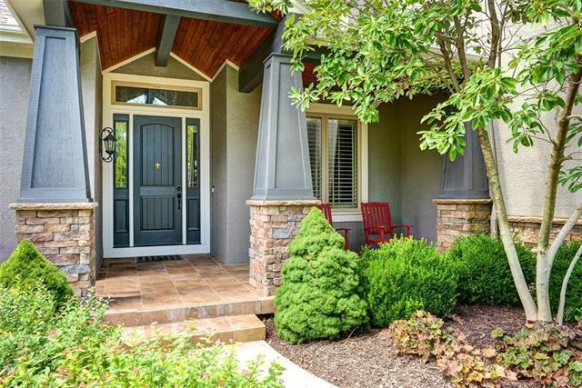 15924 Grant Street, Overland Park, KS 66085 (#2182656) :: Kansas City Homes