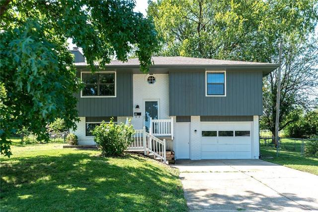 810 S Scott Avenue, Belton, MO 64012 (#2182663) :: Kansas City Homes