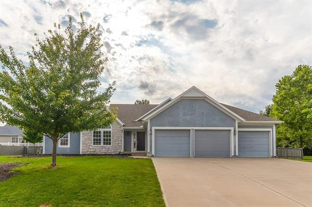 22377 S Madison Street, Spring Hill, KS 66083 (#2182708) :: Team Real Estate