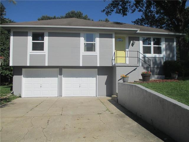 16005 Richmond Avenue, Belton, MO 64012 (#2182756) :: Kansas City Homes