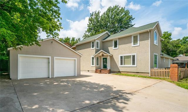 4701 Windsor Street, Roeland Park, KS 66205 (#2182761) :: House of Couse Group