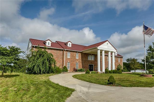 26204 S Smoke Road, Peculiar, MO 64078 (#2183207) :: House of Couse Group