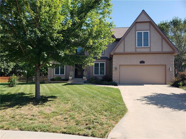 2924 SW 12th Terrace, Lee's Summit, MO 64081 (#2183239) :: Kansas City Homes