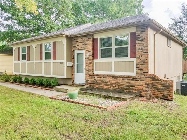 1809 SW 2ND Street, Lee's Summit, MO 64081 (#2183312) :: Kansas City Homes