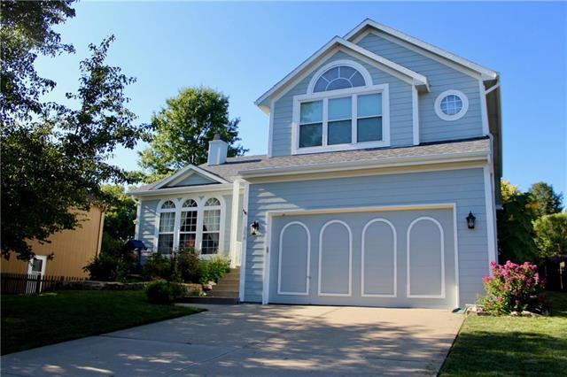 304 Killarney Lane, Smithville, MO 64089 (#2183313) :: Kansas City Homes
