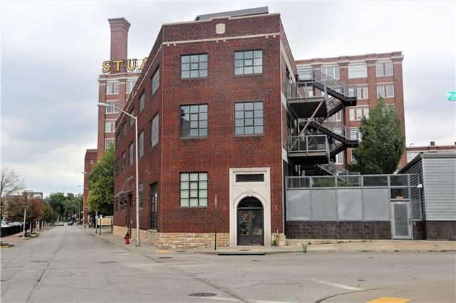 2120 Wyandotte Street #15, Kansas City, MO 64108 (#2183347) :: House of Couse Group