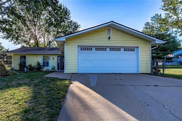 3212 W 21st Place, Lawrence, KS 66047 (#2183451) :: Kansas City Homes