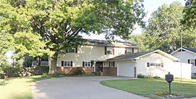 3802 N 29th Street, St Joseph, MO 64506 (#2183512) :: Eric Craig Real Estate Team