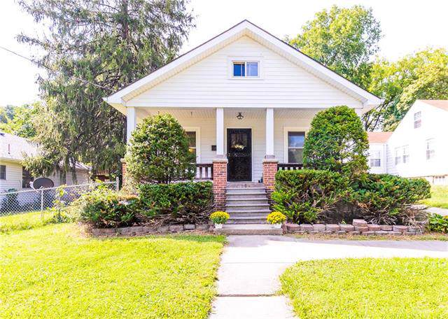 208 N Fairview Street, Liberty, MO 64068 (#2184171) :: Kansas City Homes