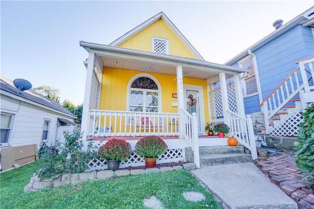 431 Ann Avenue, Kansas City, KS 66101 (#2184950) :: Clemons Home Team/ReMax Innovations