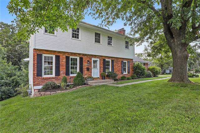 6821 N Euclid Avenue, Gladstone, MO 64118 (#2187185) :: Kansas City Homes