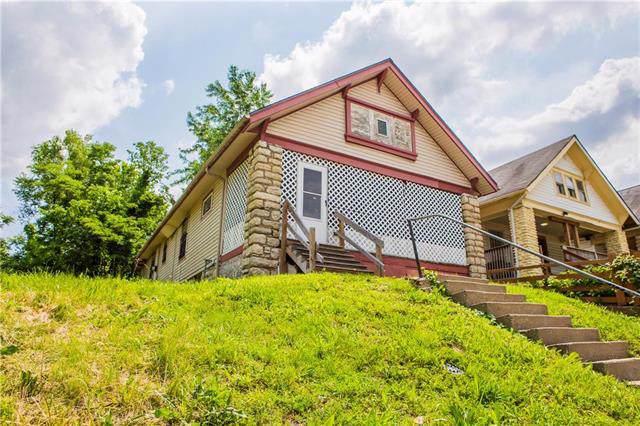 3931 Woodland Avenue, Kansas City, MO 64110 (#2187199) :: Eric Craig Real Estate Team