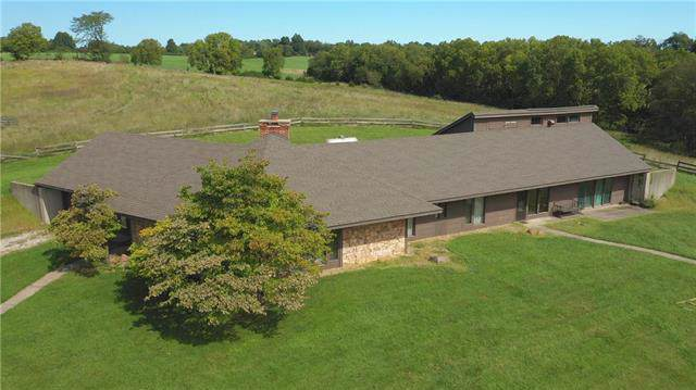 12500 N Crooked Road, Parkville, MO 64152 (#2187462) :: Ask Cathy Marketing Group, LLC