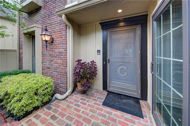 4303 W 112th Terrace, Leawood, KS 66211 (#2187469) :: Eric Craig Real Estate Team