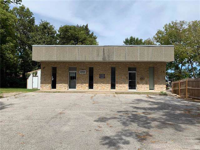 215 Gay Street, Warrensburg, MO 64093 (#2188014) :: Kansas City Homes