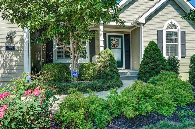 306 NW 110th Street, Kansas City, MO 64155 (#2188062) :: Dani Beyer Real Estate