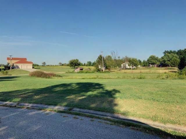 Lot 11 Country Club Lane, Garnett, KS 66032 (#2188211) :: The Shannon Lyon Group - ReeceNichols