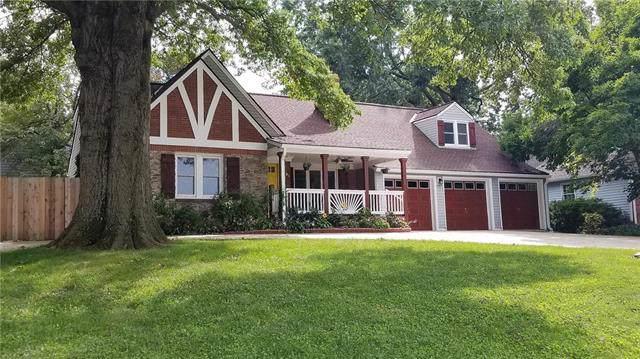 6501 W 65th Terrace, Overland Park, KS 66202 (#2188223) :: Kansas City Homes