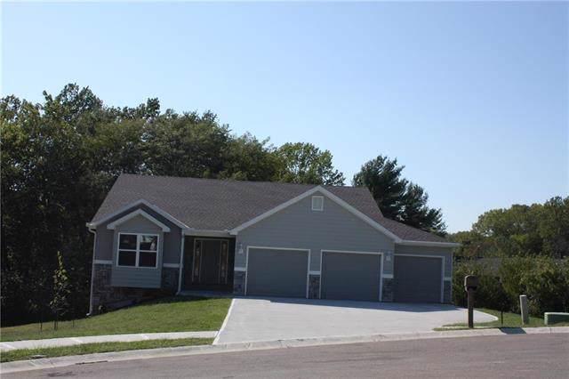 2714 Coop Drive, St Joseph, MO 65406 (#2188286) :: Dani Beyer Real Estate