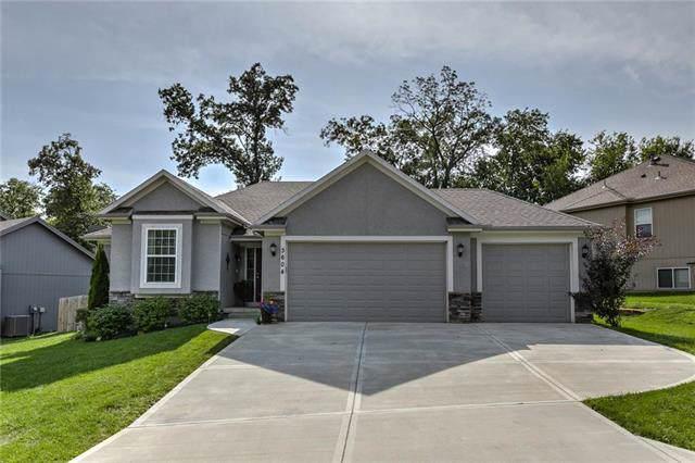 3604 N 112th Terrace, Kansas City, KS 66109 (#2188313) :: Edie Waters Network