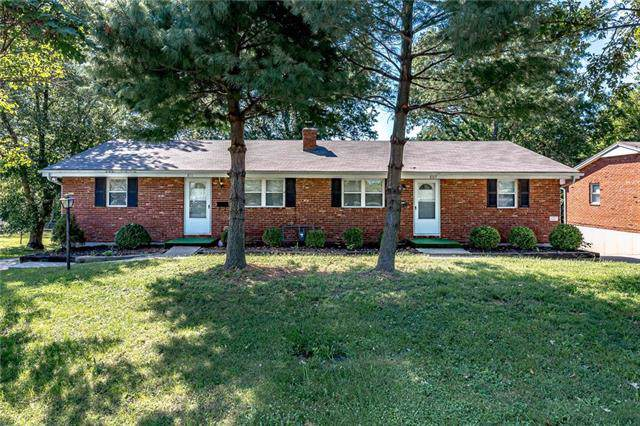 805 E Lexington Avenue, Independence, MO 64050 (#2188364) :: Dani Beyer Real Estate