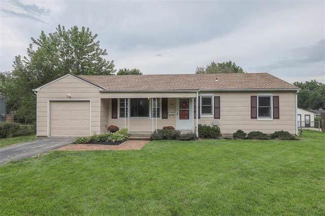 7015 Walmer Street, Overland Park, KS 66204 (#2188386) :: Kansas City Homes