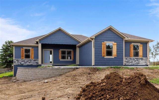 20603 Country Club Drive, Liberty, MO 64068 (#2188395) :: Ask Cathy Marketing Group, LLC