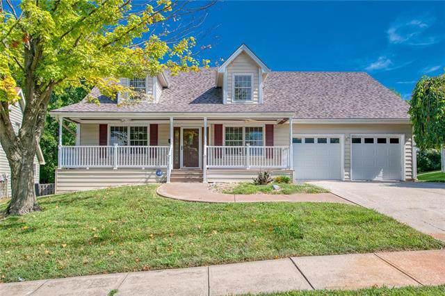 5725 NW Flintridge Court, Kansas City, MO 64151 (#2188396) :: Kansas City Homes
