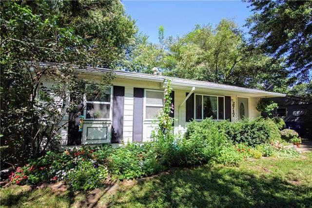 2717 Bonanza Street, Lawrence, KS 66046 (#2188464) :: House of Couse Group