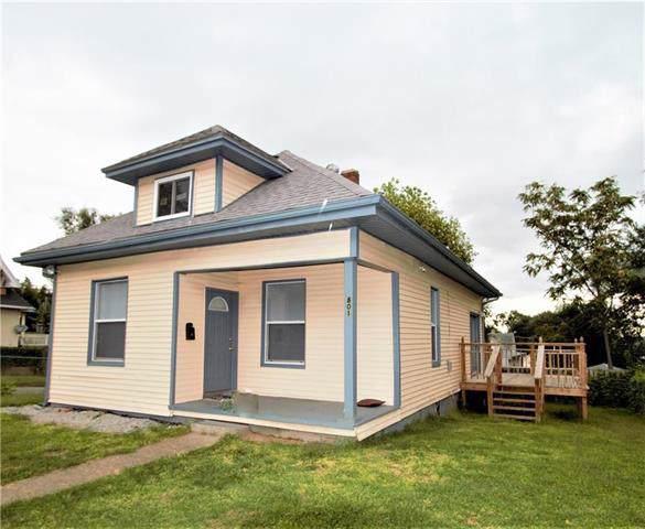 801 S 14th Street, St Joseph, MO 64501 (#2188469) :: Dani Beyer Real Estate